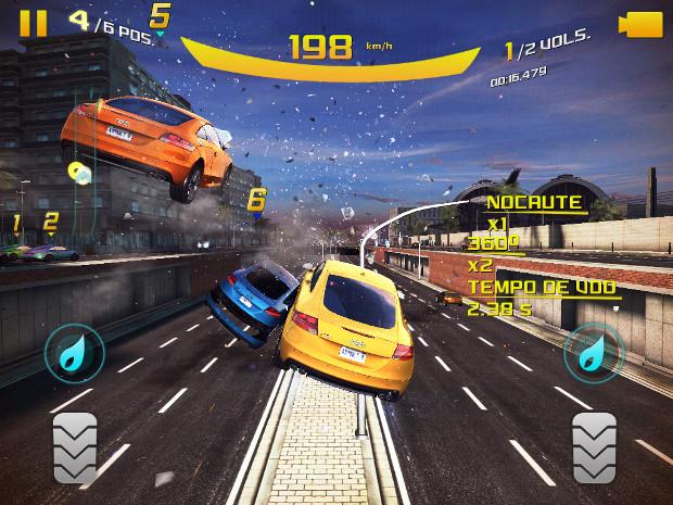 Em Asphalt 8 é possível acertar os carros até mesmo no ar (Foto: Reprodução / Dario Coutinho) (Foto: Em Asphalt 8 é possível acertar os carros até mesmo no ar (Foto: Reprodução / Dario Coutinho))