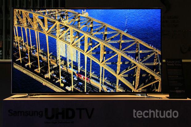 Ultra HD de 65 polegadas da série F9000 da Samsung (Foto: TechTudo/Renato Bazan)
