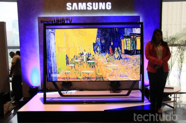 Ultra HD de 85 polegadas da Samsung chega ao Brasil para competir no mercado da telas gigantes UHDTV (Foto: TechTudo/Renato Bazan)
