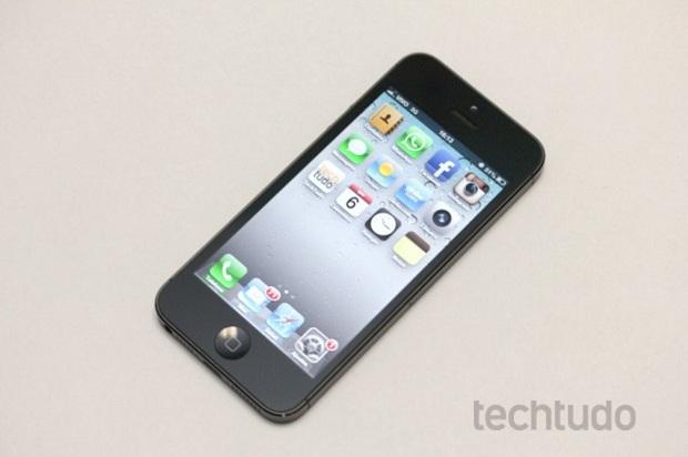 iPhone 5 tem visual totalmente diferente (Foto: Reprodução/TechTudo)