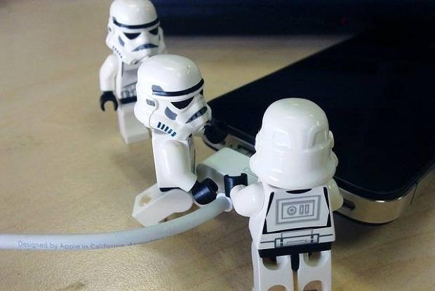 Otimizando a entrada USB (Foto: Reprodução / Marshable)