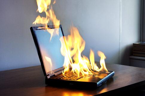 Superaquecimento pode causar desligamento do computador (Foto: Reprodução/Genious PC)