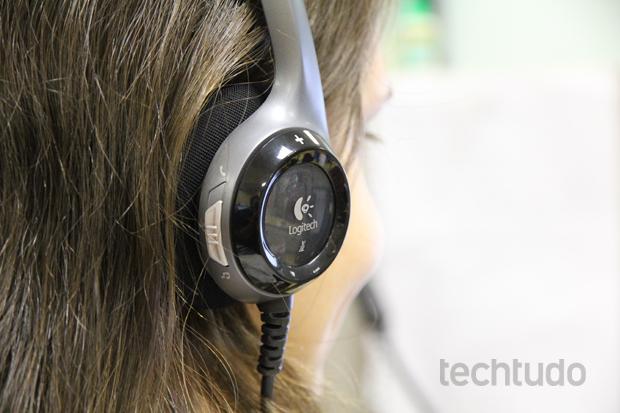 Headset tem encaixe muito bom e não pesa na cabeça (Foto: TechTudo/Rodrigo Bastos)
