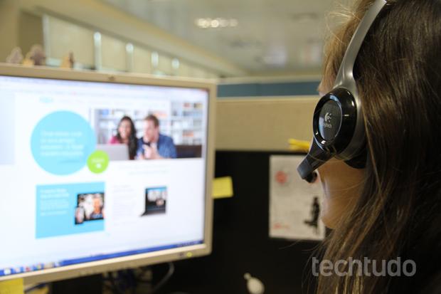 Conexão USB facilita a configuração do dispositivo (Foto: TechTudo/Rodrigo Bastos)