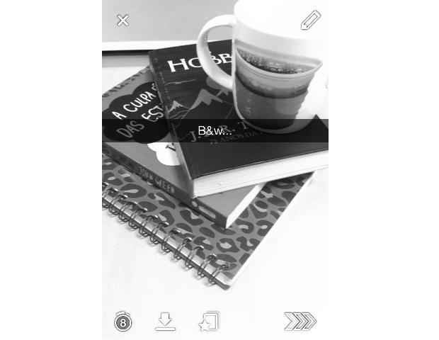 Foto preta e branca no snapchat 87