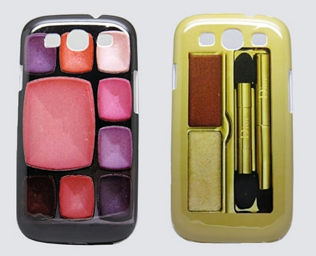 Cases imitando estojo de maquiagem (Foto: Divulgação/MundoCapas)