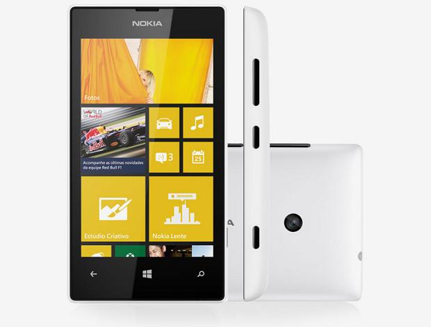 Lumia 520 pode ser o primeiro smartphone do seu filho, com tela de 4 polegadas e Windows Phone 8 (Foto: Divulgação/Nokia)