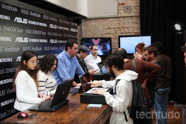 Asus apresentou novas linhas de notebooks e tablets nesta terça-feira em São Paulo (Foto: Rodrigo Bastos/TechTudo)