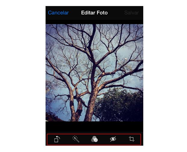 Utilizando as opções de edição de fotos do iOS 7 (Foto: Reprodução/Marvin Costa)