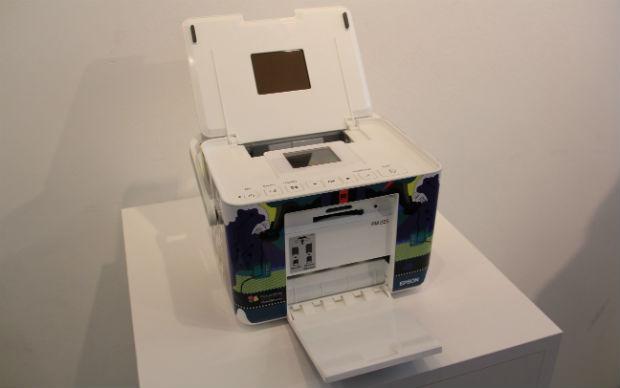 A Picture Mate, por cartucho, imprime até 150 quadros 10x15cm em qualidade fotográfica (Foto: TechTudo/Renato Bazan)