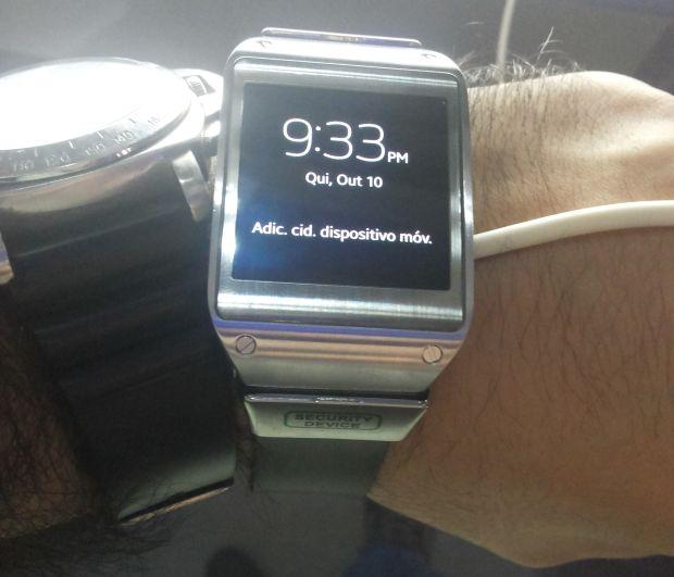 Galaxy Gear é o relógio inteligente para quem aprecia telas sensíveis ao toque (Foto: Pedro Zambarda/TechTudo)
