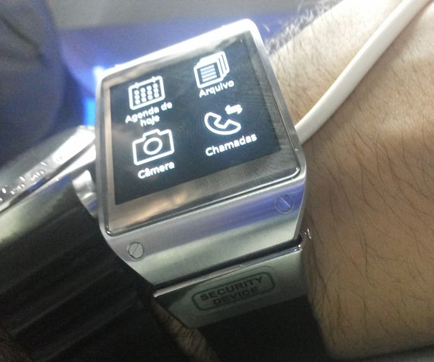 As funcionalidades do Galaxy Gear em aplicativos (Foto: Pedro Zambarda/TechTudo)