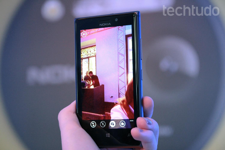 Lumia 925 visto de frente (Foto: Luciana Maline/TechTudo)