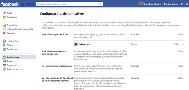 Entrando nas configurações de aplicativos no Facebook (Foto: Reprodução/Carolina Ribeiro)