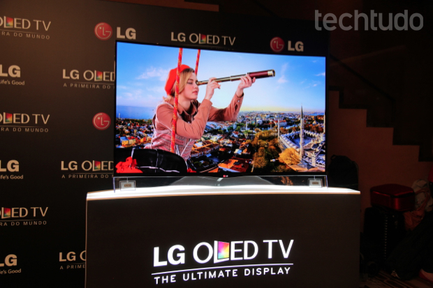 Nova TV curvada da LG tem 55 polegadas e custa R$ 40 mil (Foto: Rodrigo Bastos/TechTudo)