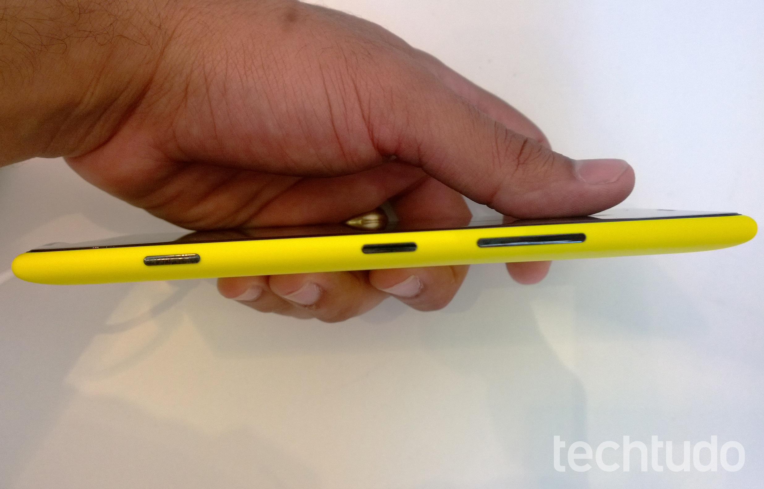 Lateral do Lumia 1520 (Foto: Allan Melo/TechTudo)