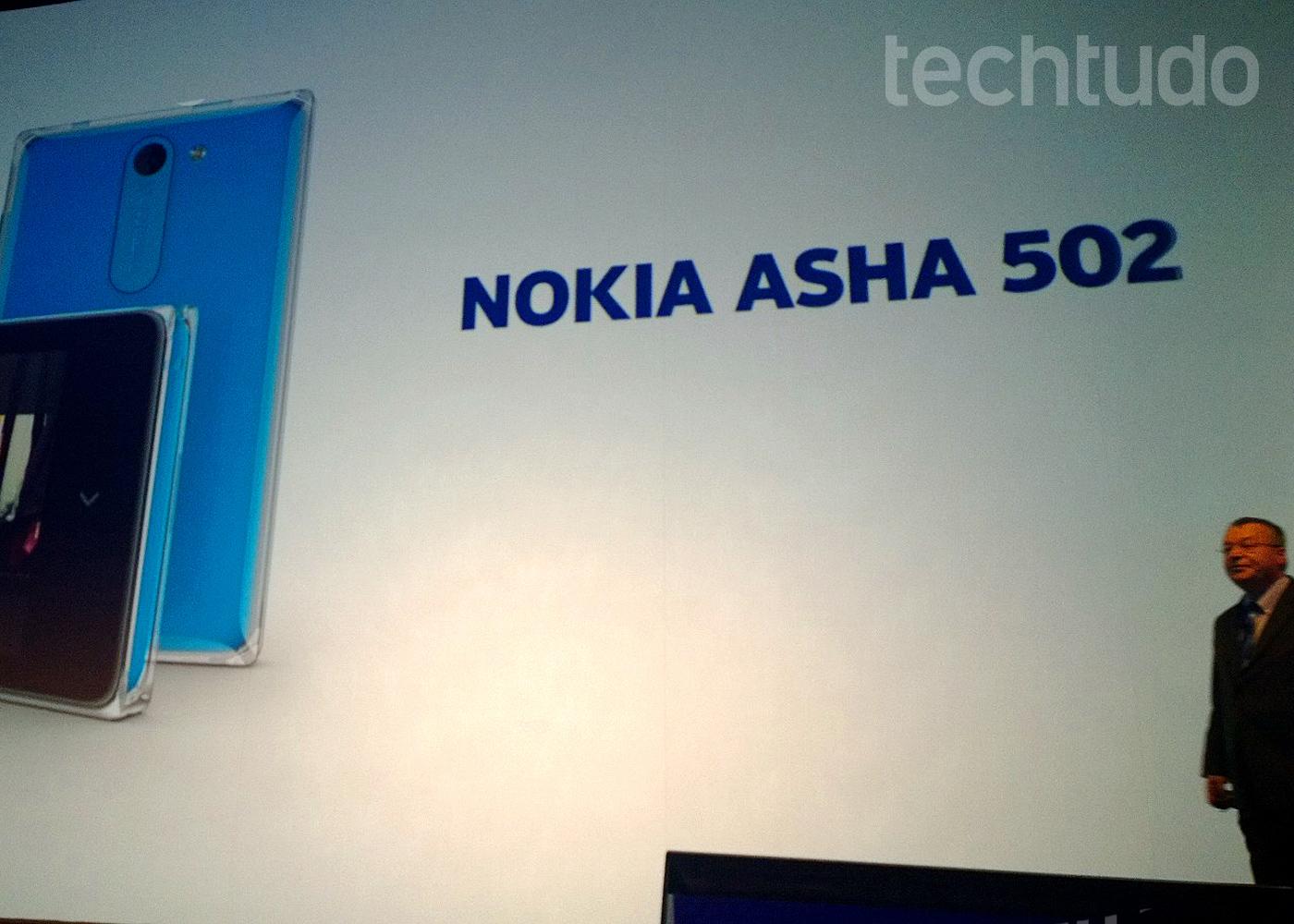 Asha 502, novo celular de entrada da Nokia (Foto: Allan Melo / TechTudo)