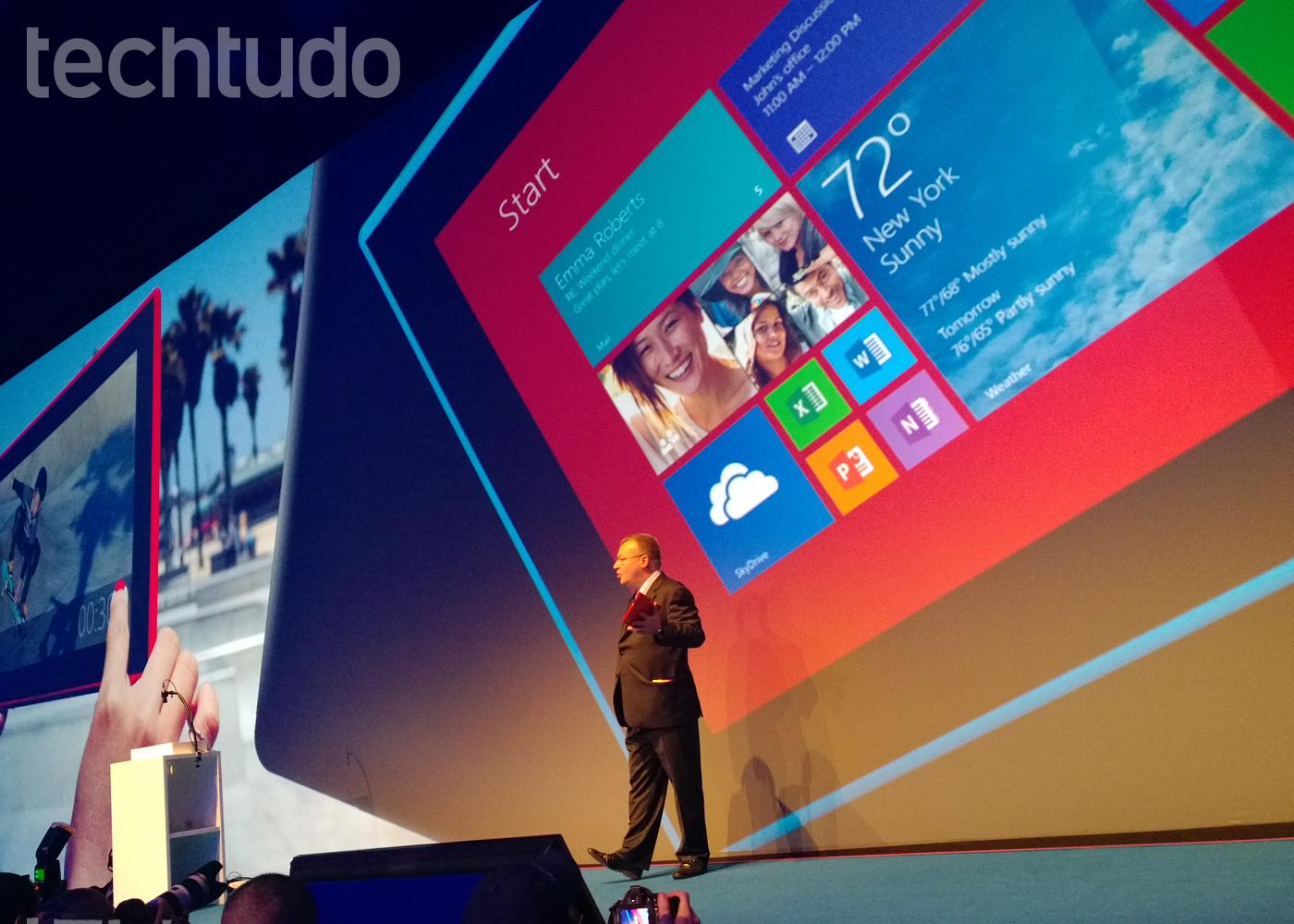 Lumia 2520, o tablet da Nokia (Foto: Allan Melo / TechTudo)