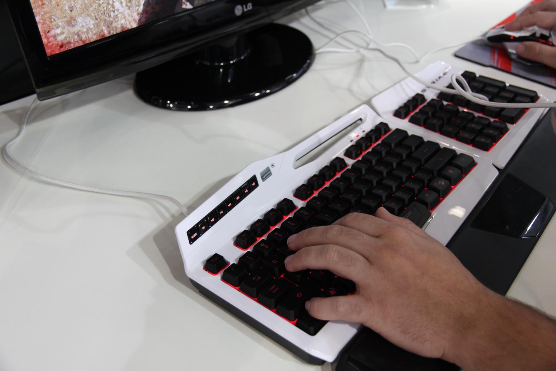 Acessórios para o PC como mouses e teclados podem ser usados na BGS 2013 (Foto: Pedro Cardoso/ TechTudo)