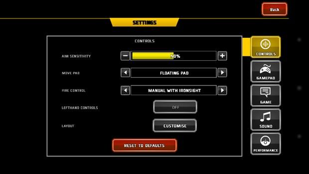 """A opção """"Fire Control"""" permite escolher o tipo de tiro, automático ou manual (Foto: Reprodução / Dario Coutinho)"""