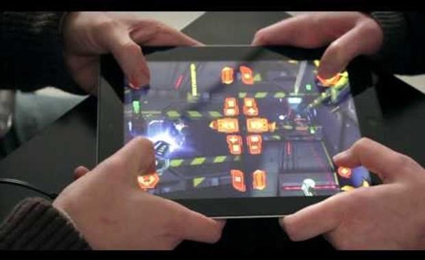 Neon Shadow permite até multiplayer local usando o mesmo tablet (Foto: Reprodução / Geeky Gadgets)