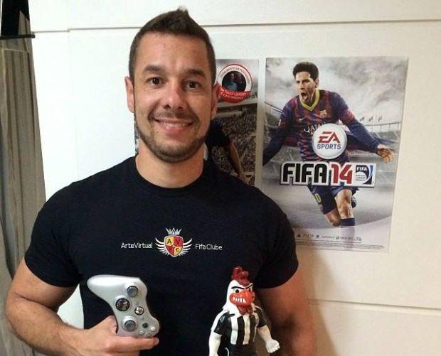 O mineiro Aley Sadi, atual administrador da maior comunidade do game, tem orgulho de dizer que sempre jogou FIFA e não PES (Foto: Arquivo Pessoal)