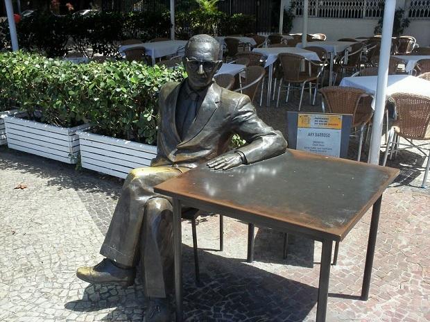 Ary Barroso ganhou estátua no Rio de Janeiro (Foto: Reprodução/Panoramio)