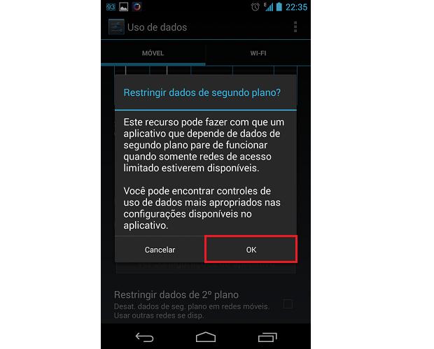 """Toque no botão """"OK"""" para confirmar o bloqueio de dados em segundo plano para o app (Foto: Reprodução/Thiago Bittencourt)"""