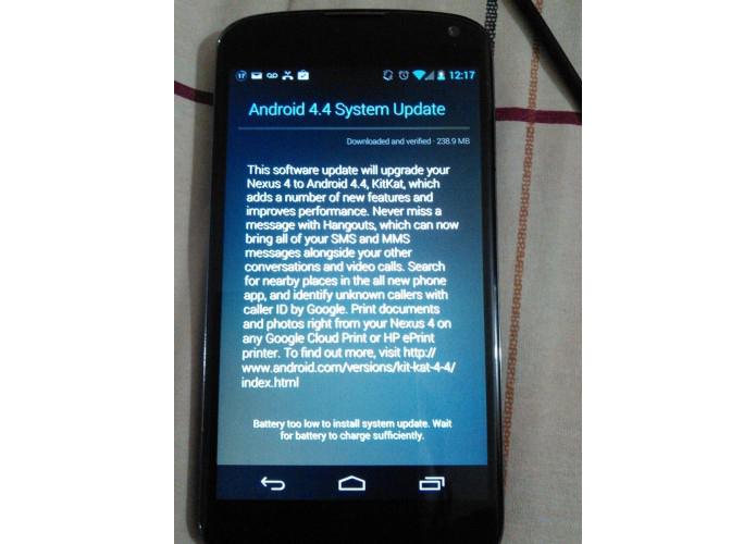 Nexus 4 começa a receber atualização OTA do Android 4.4 Kitkat (Foto: Reprodução/Android Central)