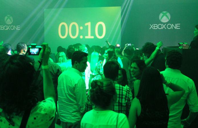 """Próximo à meia-noite, iniciou-se uma contagem regressiva para o """"Day 1"""" (Foto: TechTudo/Renato Bazan)"""