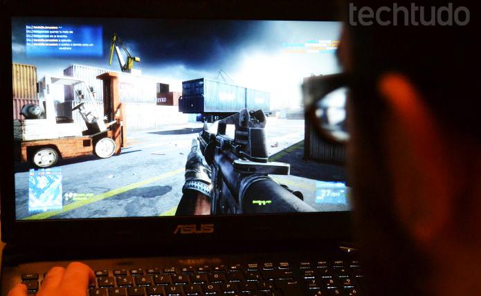 Jogos da série Battlefield rodaram na resolução máxima (Foto: Pedro Zambarda/TechTudo)