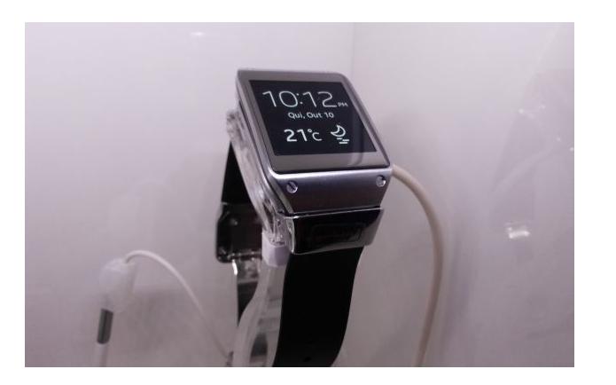 Relógio inteligente da Samsung não vendeu tão bem quanto esperava (Foto: Pedro Zambarda/TechTudo)