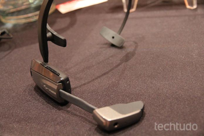 O Vuzix M100 já está disponível para pré-venda (Foto: Isadora Díaz/TechTudo)