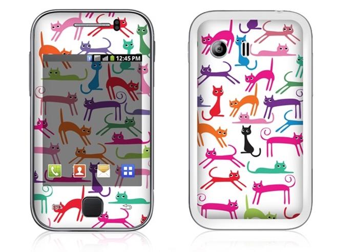 Adesivo protetor para Galaxy Y com desenho de gatos (Foto: Divulgação/IStick)