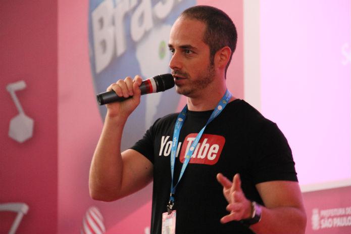 Frederico Goldenberg deu dicas de como aumentar a visibilidade dos vídeos do YouTube (Foto: TechTudo/Renato Bazan)