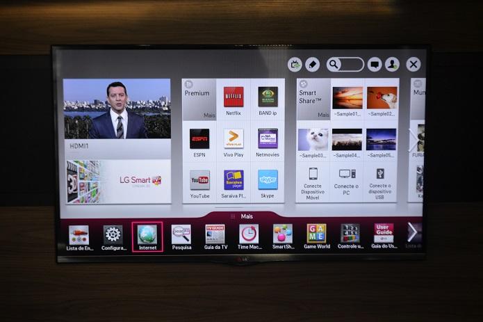 App do YouTube fica em destaque na Smart TV (Foto: Thiago Barros/TechTudo)