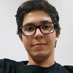 O estudante Felipe Lins prefere usar app de mensagem para se comunicar com a namorada (Foto: Arquivo pessoal)