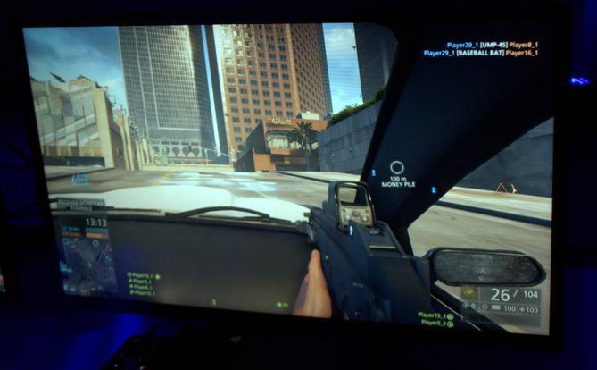 Carros blindados são pontos altos no jogo com cenário é mais realista (Imagem: Monique Mansur/TechTudo)