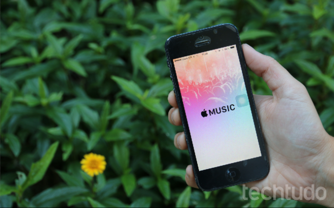 O Compartilhamento Familiar do iOS permite compartilhar a conta do Apple Music (Foto: Maria Clara Pestre/TechTudo)