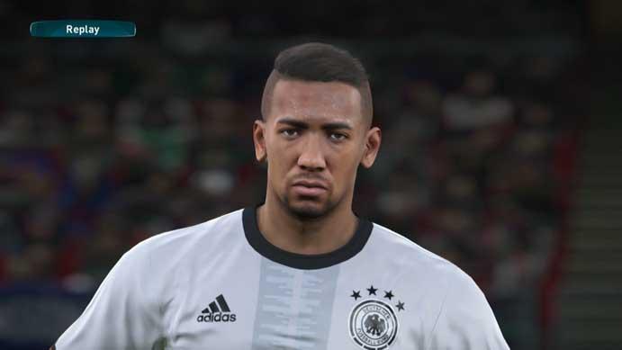 Zagueirão alemão é o melhor da posição em PES 2017 (Foto: Reprodução/Murilo Molina)