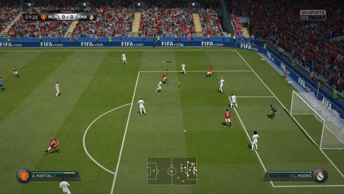 Fifa 16: game tem visuais limitados quando comparados ao do novo título (Foto: Reprodução/Murilo Molina)