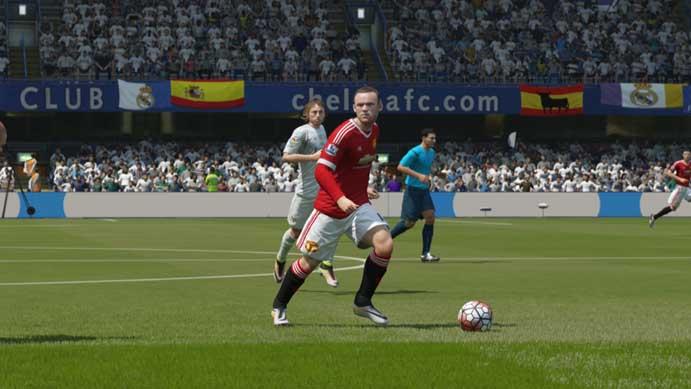 Fifa 16: jogadores tinham menos animações (Foto: Reprodução/Murilo Molina)