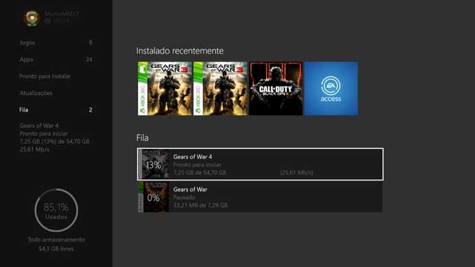 Aguarde a instalação do Gears of War 4 no Xbox One (Foto: Reprodução/Murilo Molina)