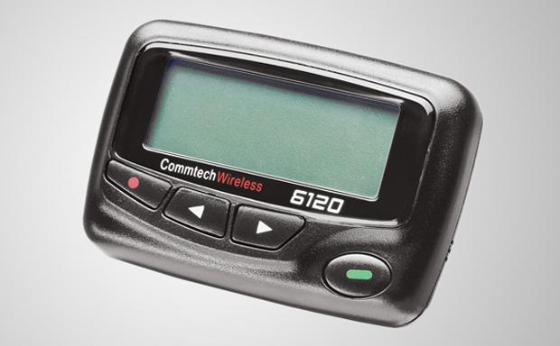 O pager foi muito utilizado por profissionais como médicos, que precisavam se comunicar de forma rápida (Foto: Reprodução)