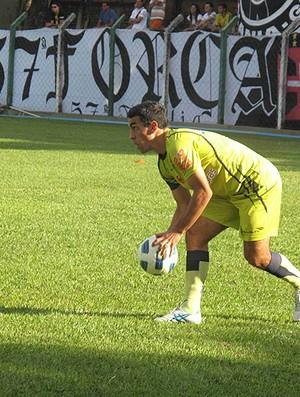 Marcio Careca comemora nova sequência como titular do Vasco ... de1b06f794548