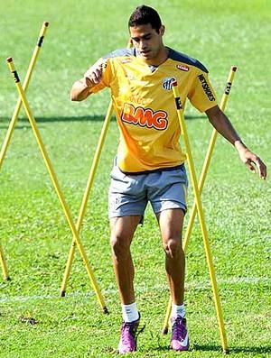 Alan Kardec no treino do Santos (Foto  Divulgação   Site Oficial do Santos) fbc7544828895