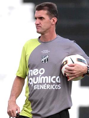 31fd917a8d Técnico Vágner Mancini está feliz pela chance de comandar o Cruzeiro ...