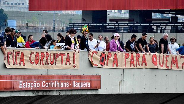 Que O Eterno Atenda Todos Os Seus Desejos Então Está: Manifestação Moradores Estádio Corinthians Melhores