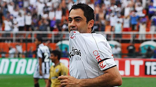4df3349db9 Corinthians Campeão da Serie B - Chicão (Foto  Marcos  Ribolli Globoesporte.com