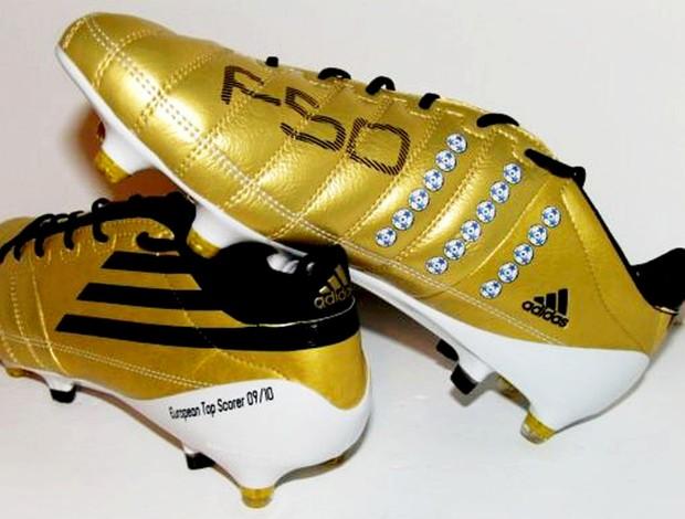 077a8f6cffb13 FOTO  Messi usará chuteira dourada em comemoração por prêmio ...